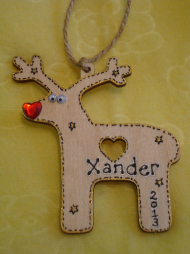 Personalised Wooden Reindeer Tree Hanger Decoration Shabby Chic Any Name & Year added